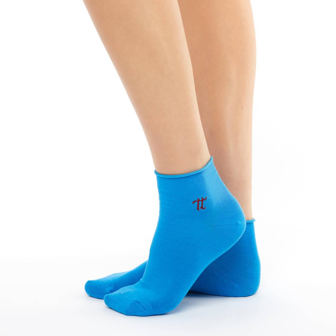 Women bamboo blue colour socks