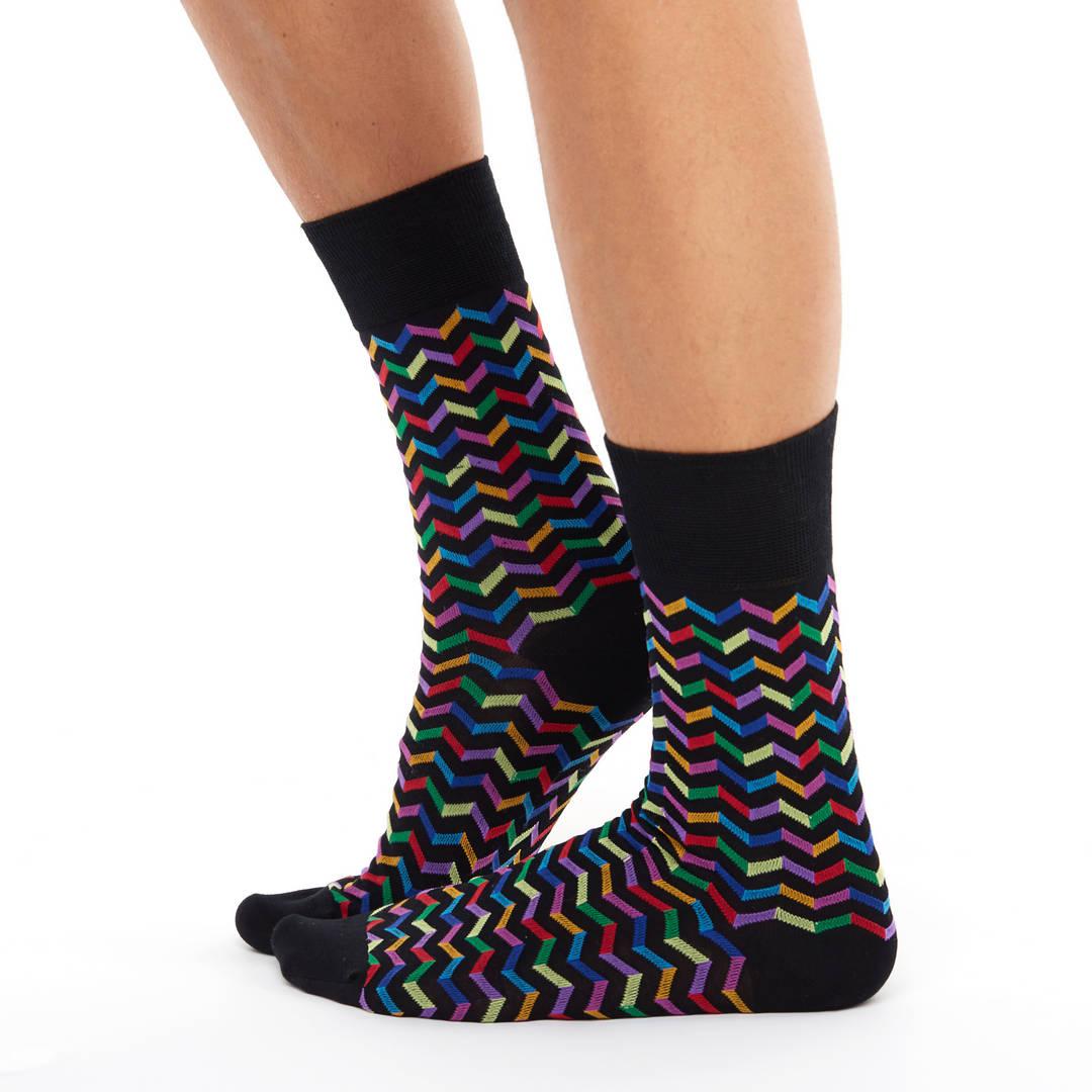 Patterned golf socks black zigzagprint