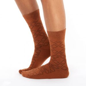 Patterned golf socks brown square