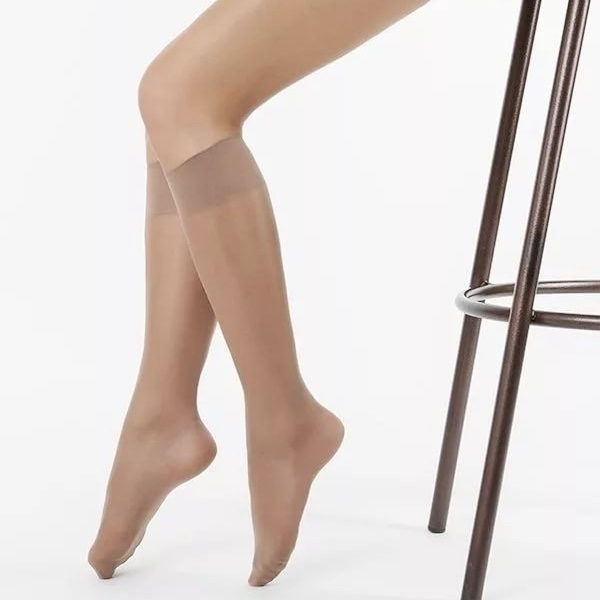 Beige nylon knee high socks 20DEN
