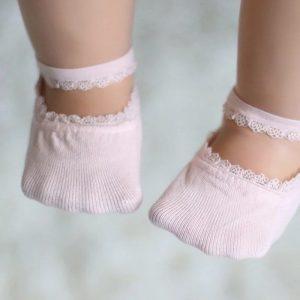 Pink baby sockets